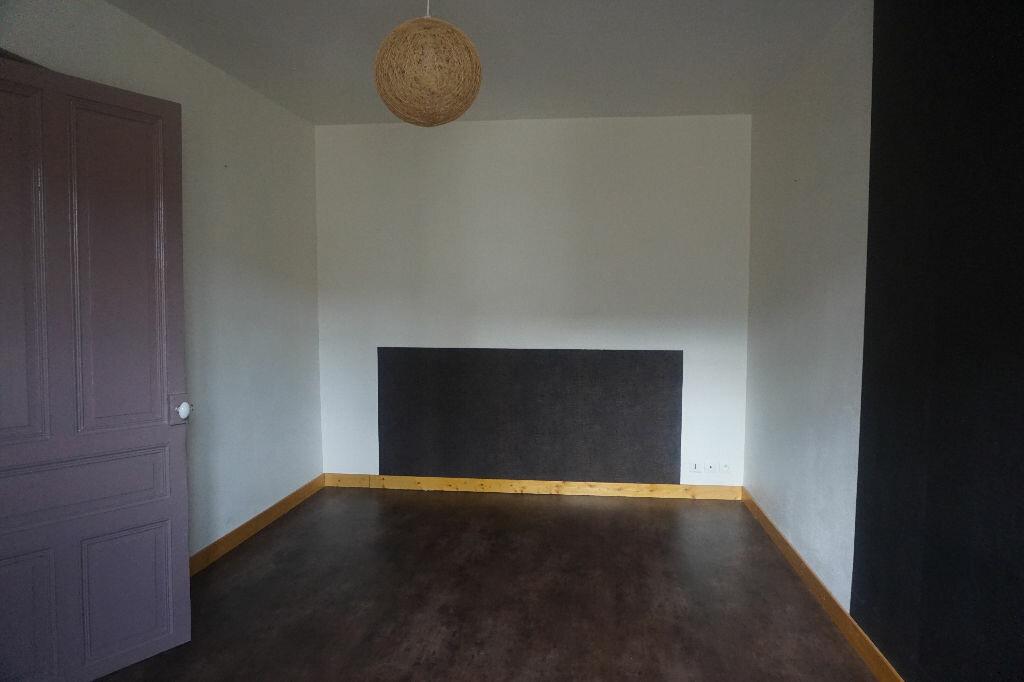 Achat Appartement 2 pièces à Montrevel-en-Bresse - vignette-2