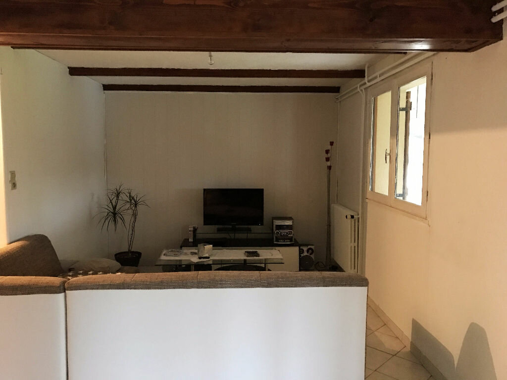 Achat Maison 9 pièces à Montrevel-en-Bresse - vignette-6