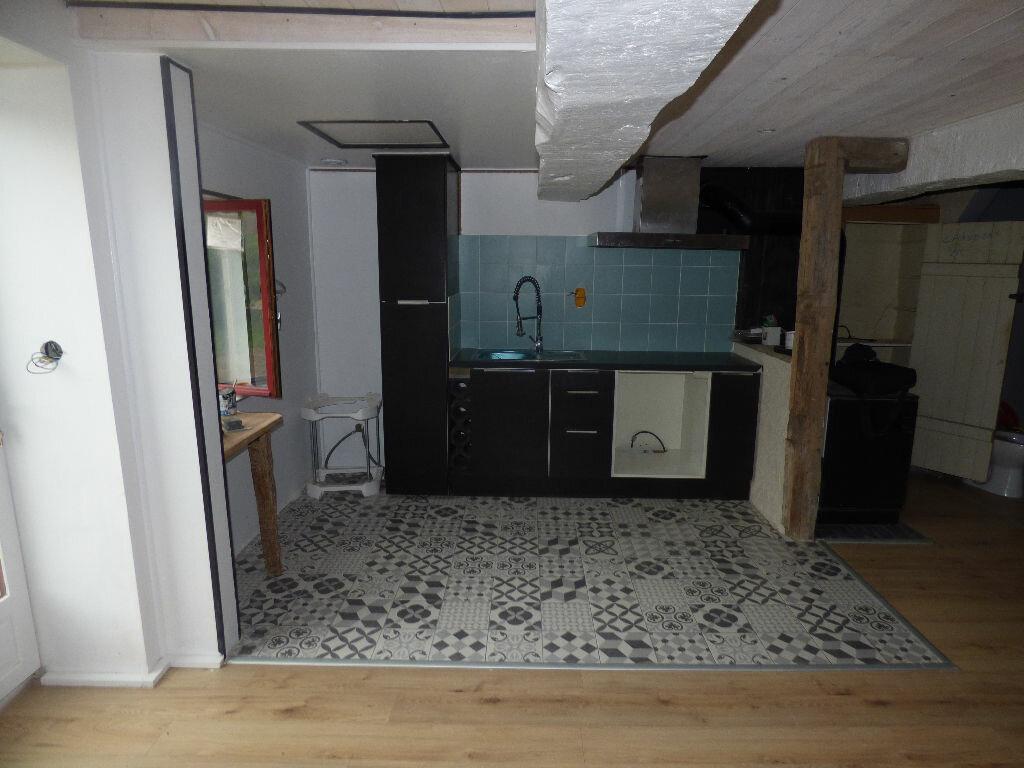 Achat Maison 6 pièces à Saint-Bénigne - vignette-2