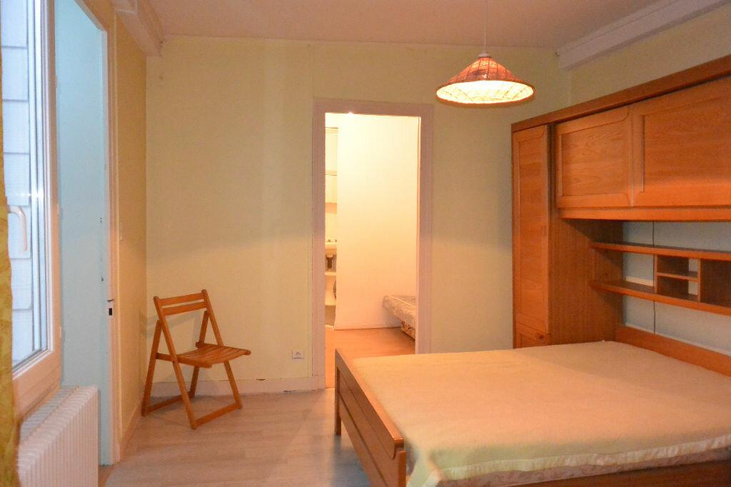 Achat Appartement 4 pièces à Pau - vignette-4