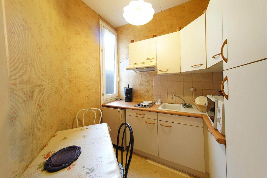 Achat Appartement 2 pièces à Pau - vignette-2