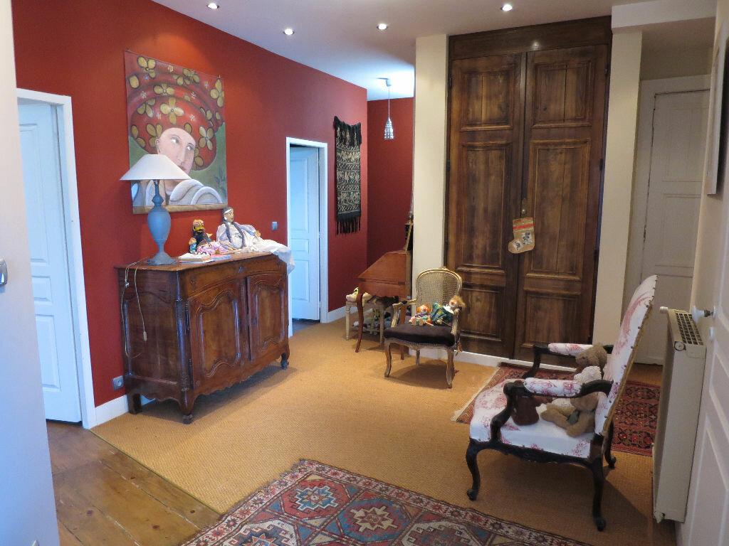 Achat Appartement 4 pièces à Pau - vignette-2