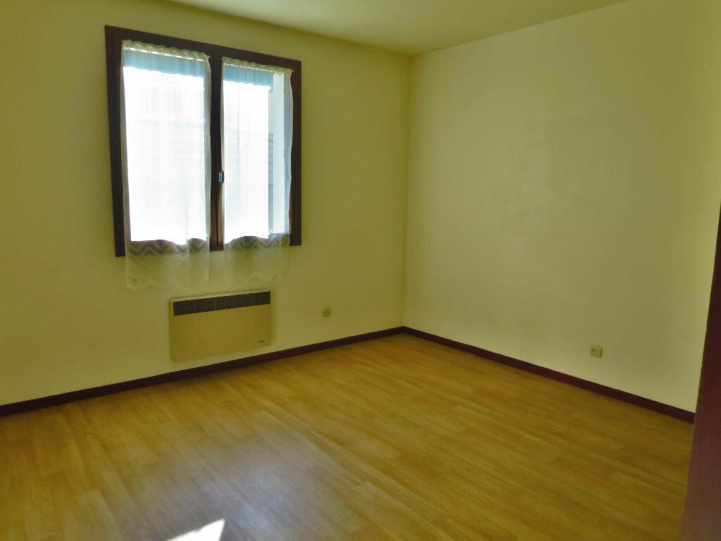 Achat Appartement 1 pièce à Billère - vignette-1