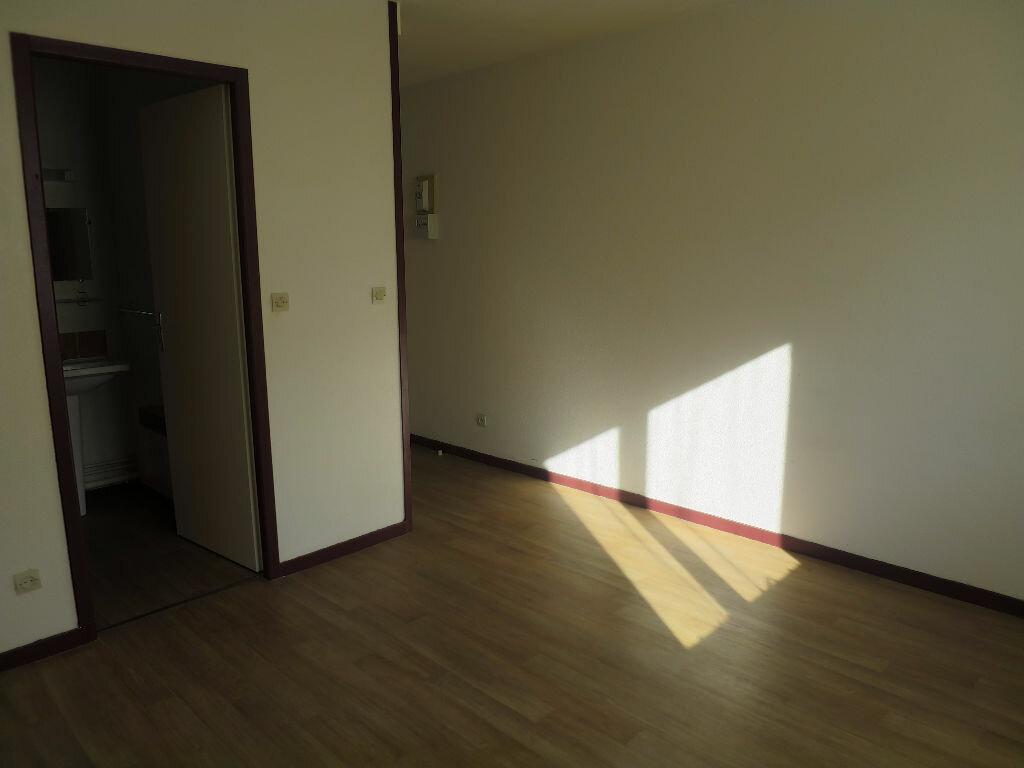 Achat Appartement 1 pièce à Billère - vignette-4