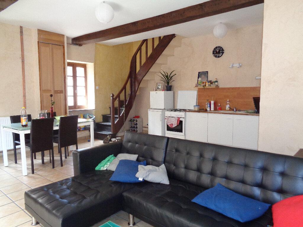 Achat Maison 4 pièces à Montaigut - vignette-2