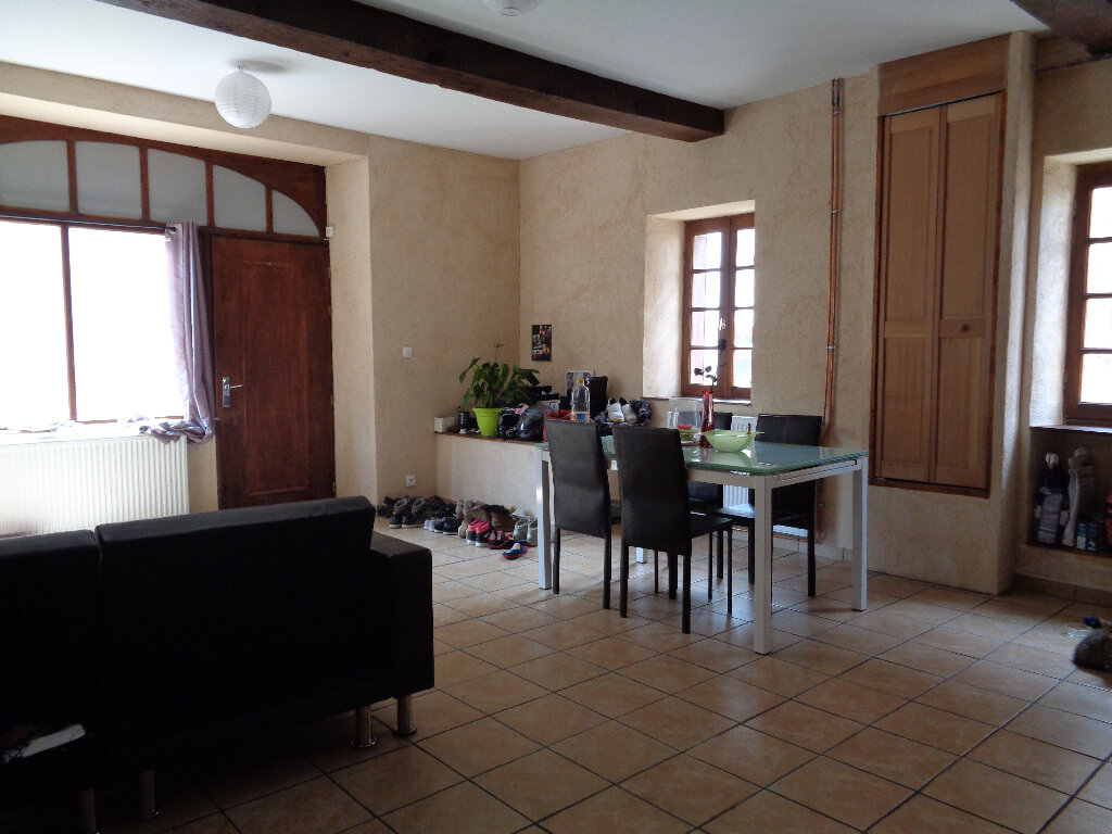 Achat Maison 4 pièces à Montaigut - vignette-5