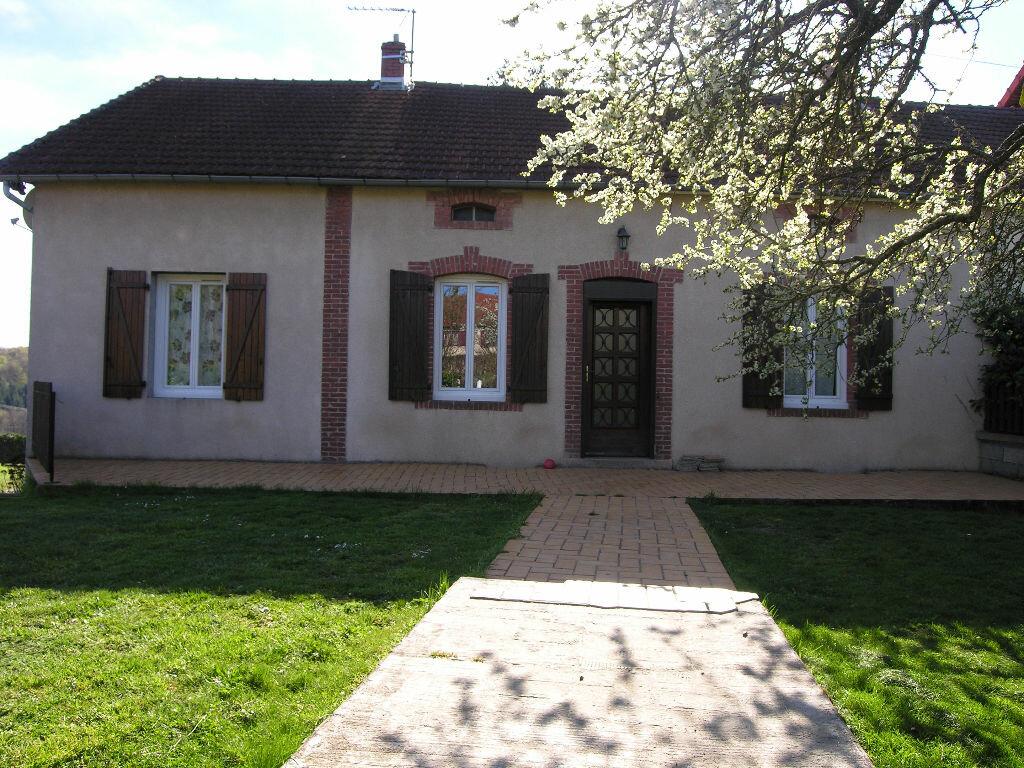 Achat Maison 6 pièces à Saint-Éloy-les-Mines - vignette-1