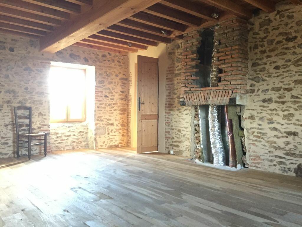 Achat Maison 6 pièces à Ayat-sur-Sioule - vignette-8