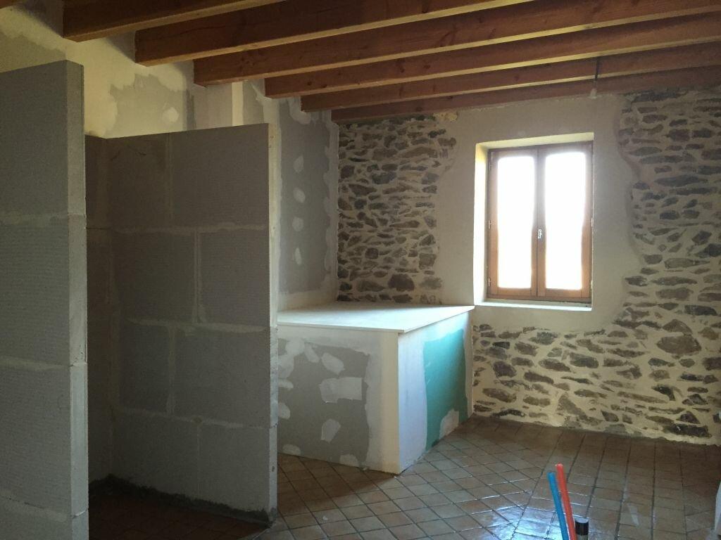 Achat Maison 6 pièces à Ayat-sur-Sioule - vignette-9