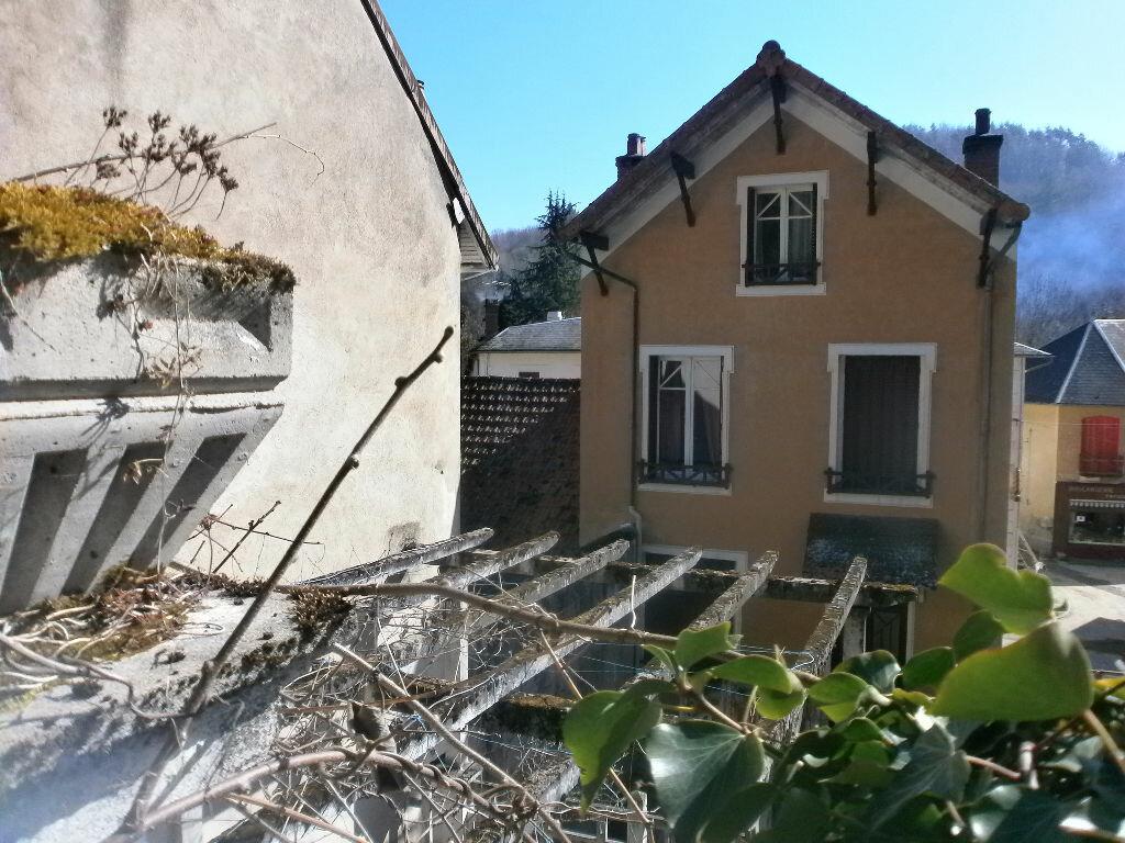 Achat Maison 7 pièces à Châteauneuf-les-Bains - vignette-1