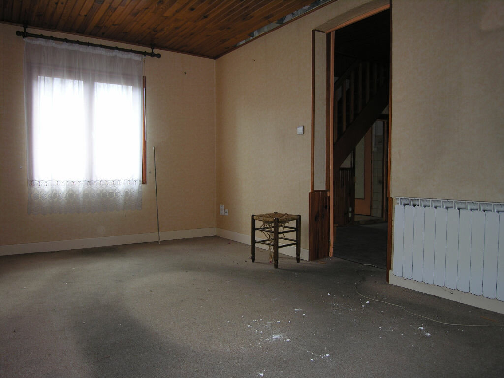 Achat Maison 5 pièces à Saint-Éloy-les-Mines - vignette-10