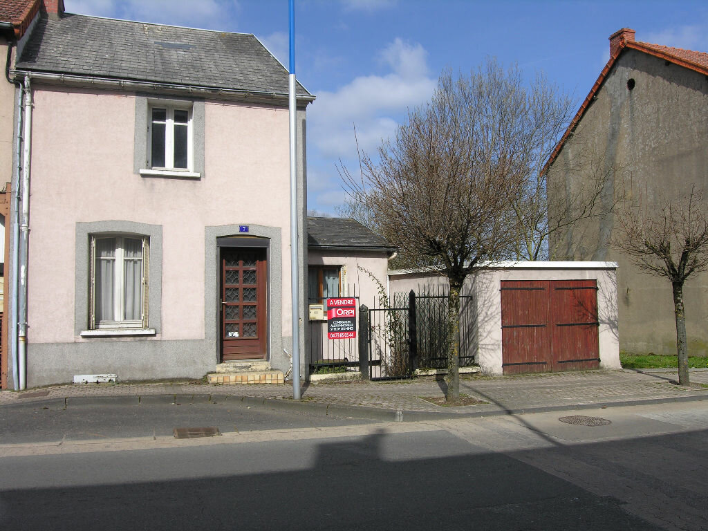 Achat Maison 5 pièces à Saint-Éloy-les-Mines - vignette-11