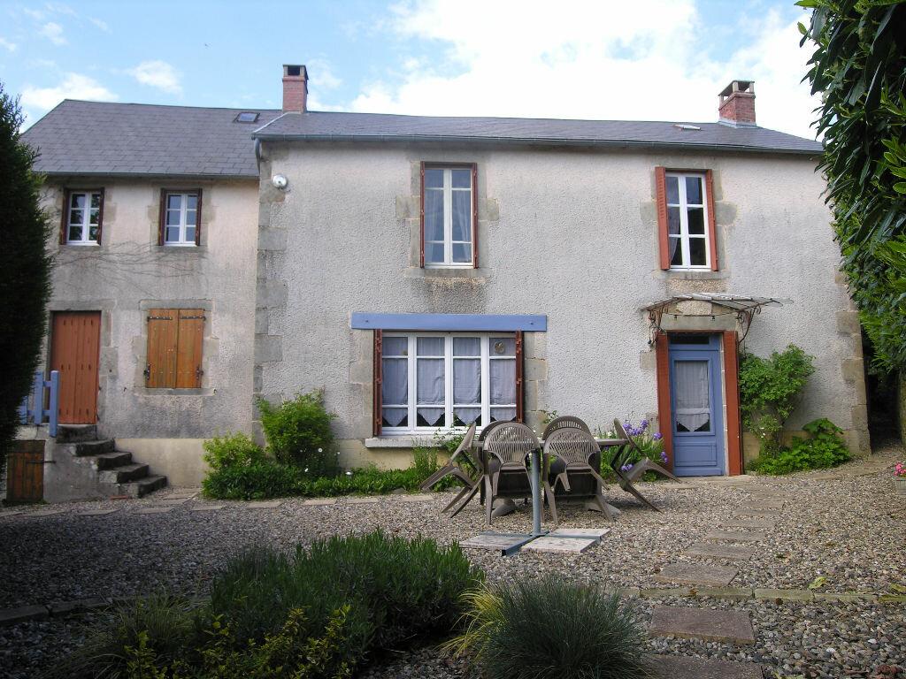 Achat Maison 4 pièces à Saint-Julien-la-Geneste - vignette-1