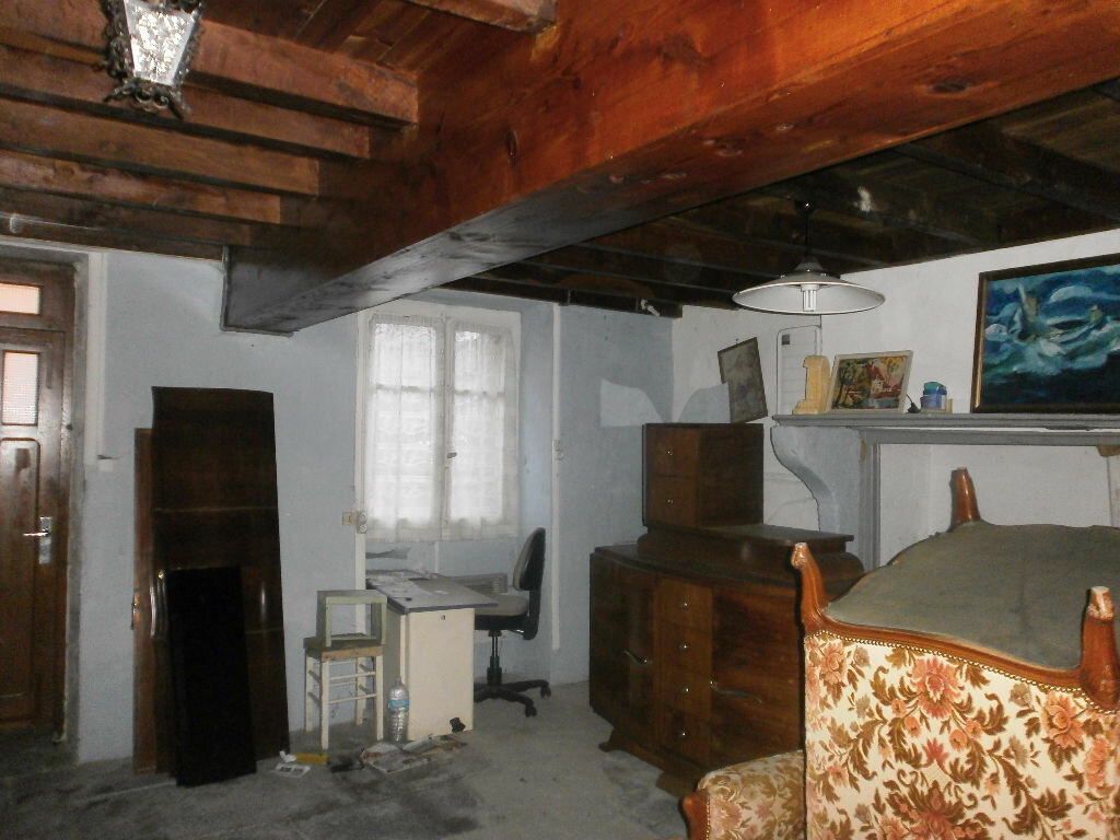 Achat Maison 4 pièces à Blot-l'Église - vignette-3