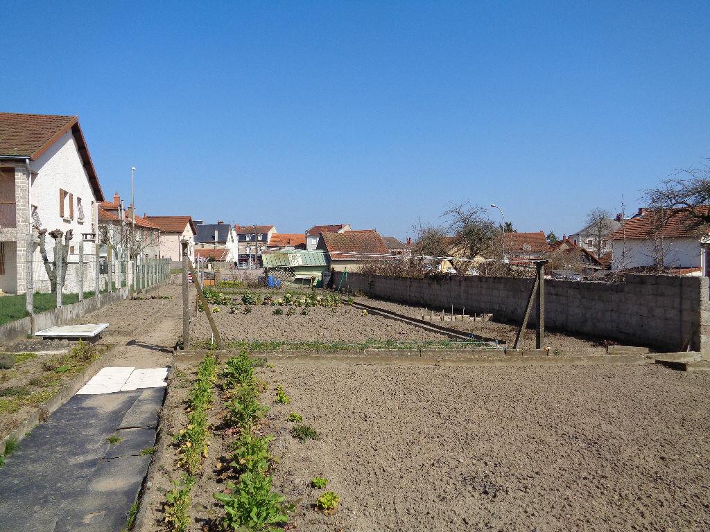 Achat Terrain  à Saint-Éloy-les-Mines - vignette-1