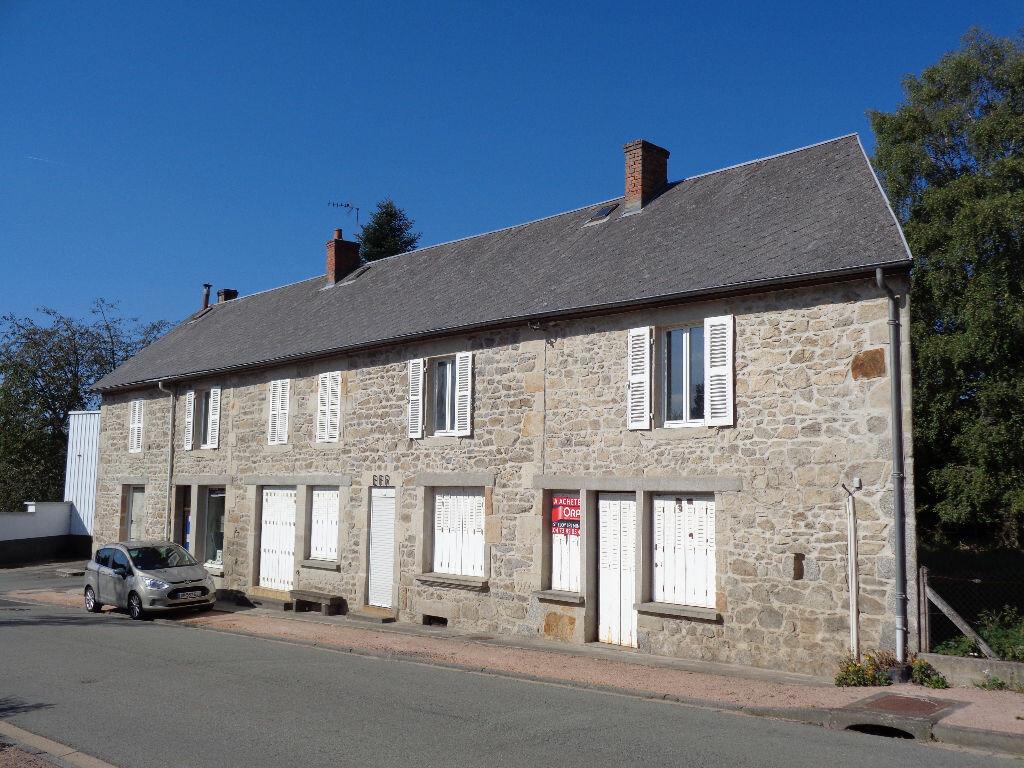 Achat Maison 11 pièces à Saint-Priest-des-Champs - vignette-1