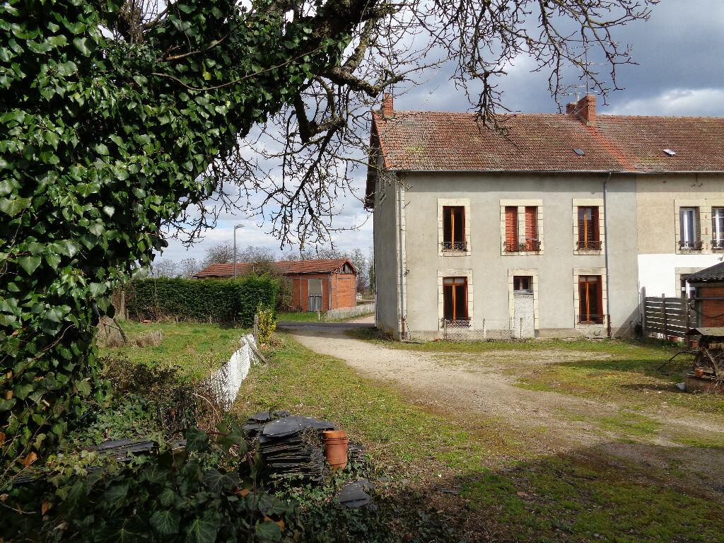 Achat Maison 11 pièces à Lapeyrouse - vignette-1