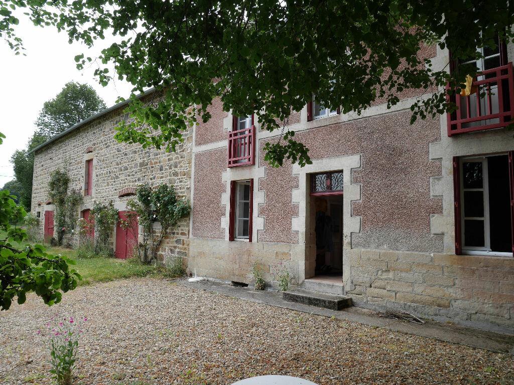 Achat Maison 7 pièces à Gouttières - vignette-1