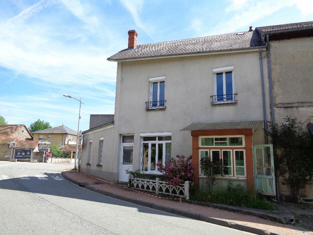 Achat Maison 5 pièces à Saint-Priest-des-Champs - vignette-1