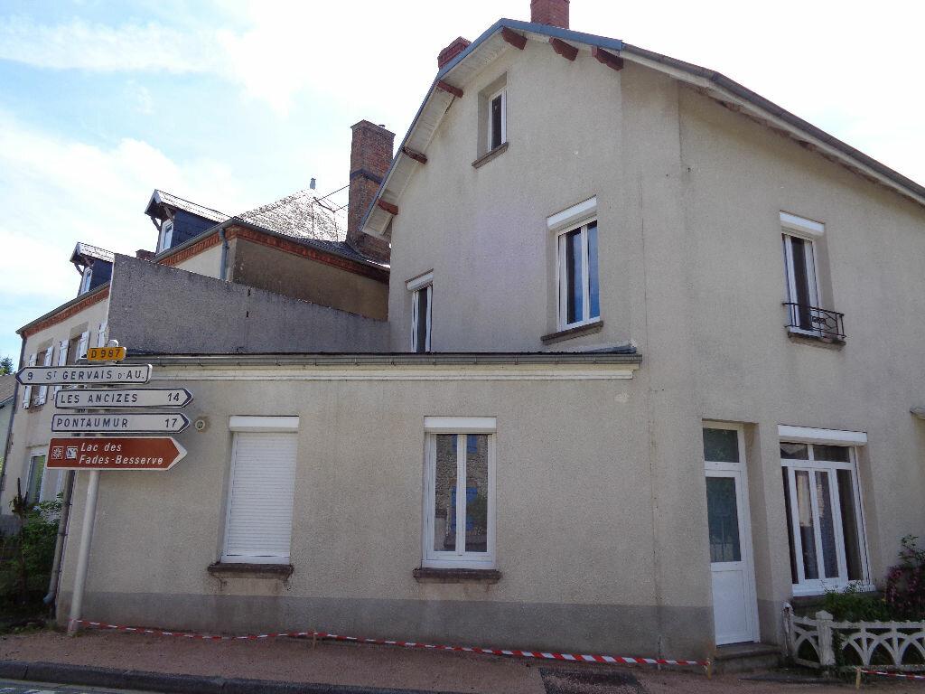 Achat Maison 5 pièces à Saint-Priest-des-Champs - vignette-2