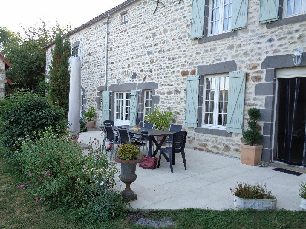 Achat Maison 6 pièces à Saint-Angel - vignette-3