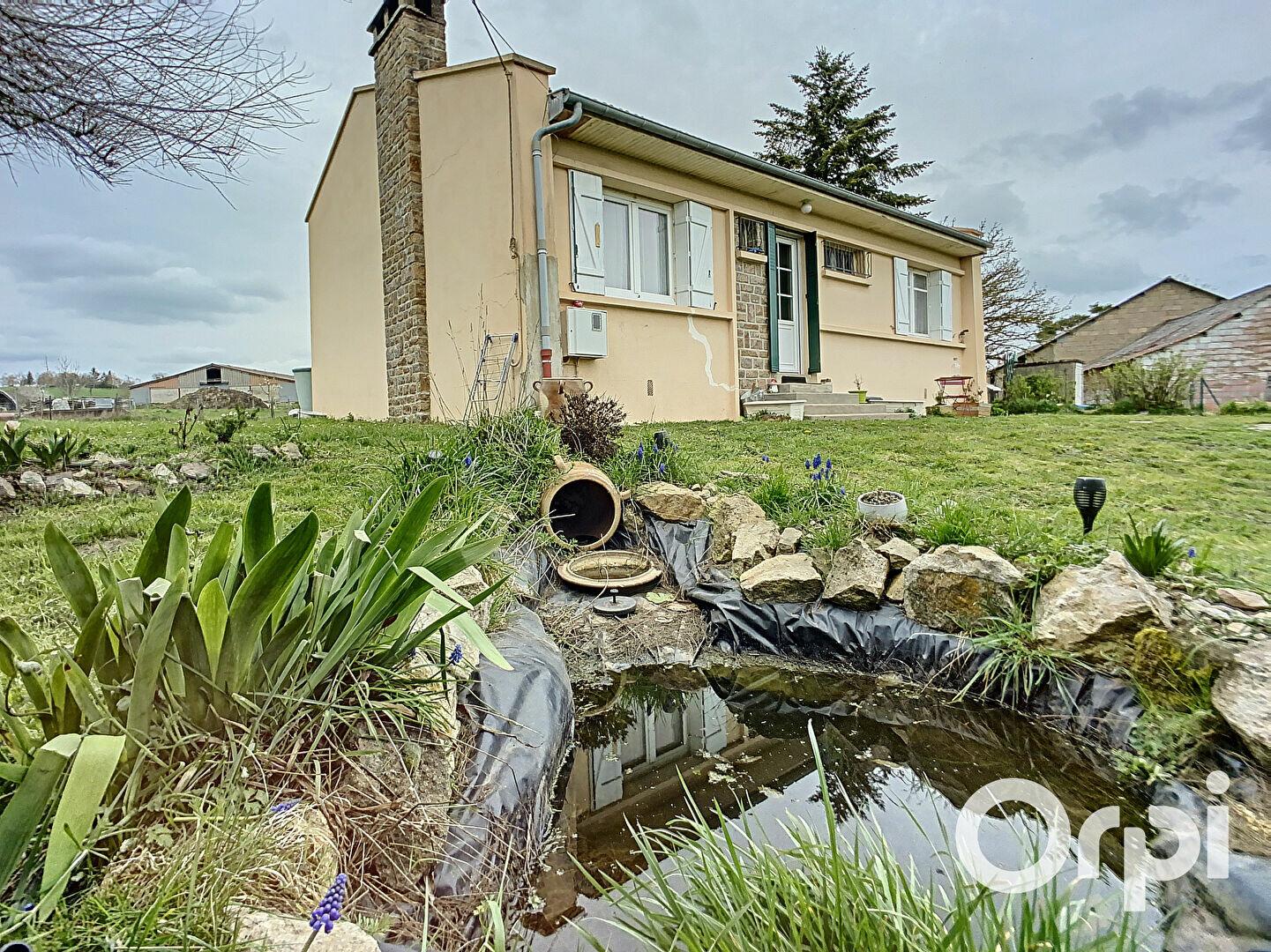 Achat Maison 4 pièces à Buxières-sous-Montaigut - vignette-1