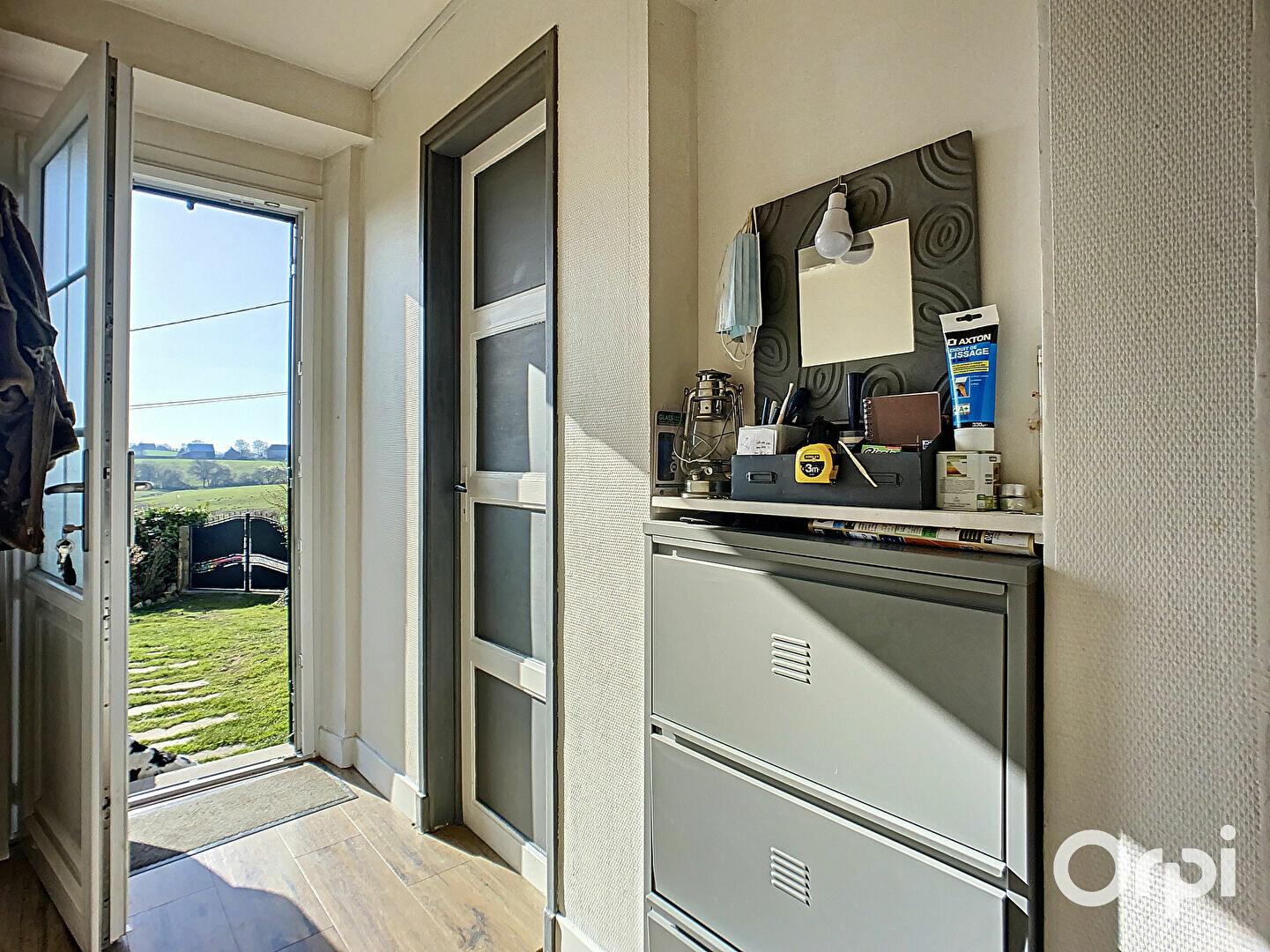 Achat Maison 4 pièces à Buxières-sous-Montaigut - vignette-2