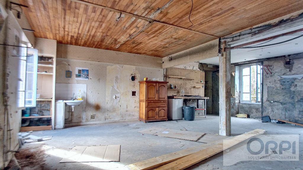 Achat Maison 10 pièces à Bourg-Lastic - vignette-2