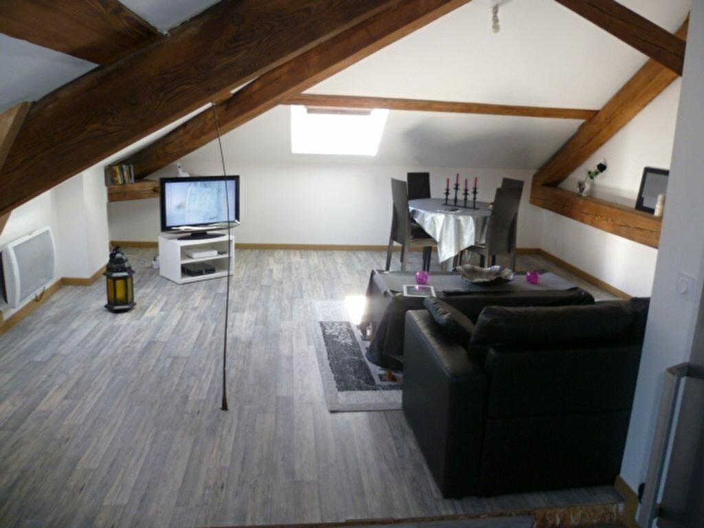 Location Appartement 2 pièces à Saint-Étienne-de-Saint-Geoirs - vignette-2