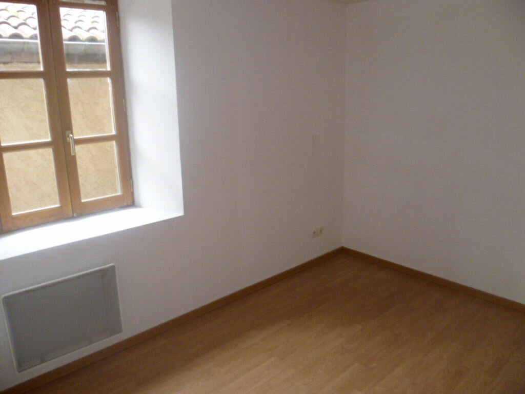 Location Appartement 2 pièces à Roybon - vignette-3