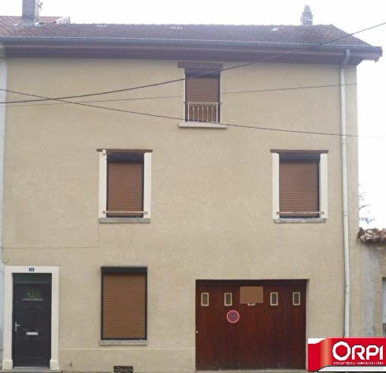 Achat Maison 5 pièces à La Côte-Saint-André - vignette-9