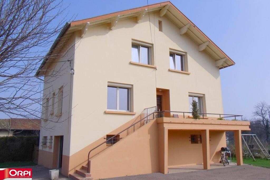 Achat Maison 7 pièces à Saint-Siméon-de-Bressieux - vignette-1