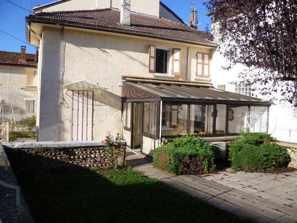 Achat Maison 4 pièces à Saint-Siméon-de-Bressieux - vignette-1