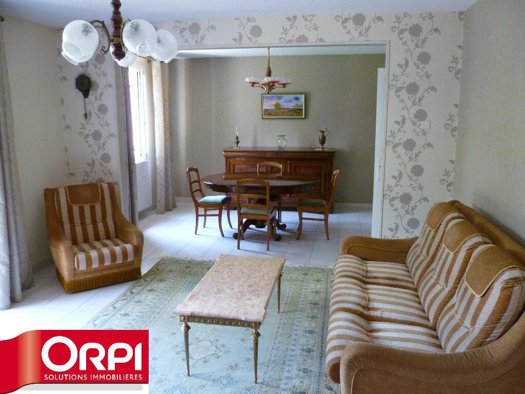 Achat Appartement 3 pièces à Rives - vignette-3