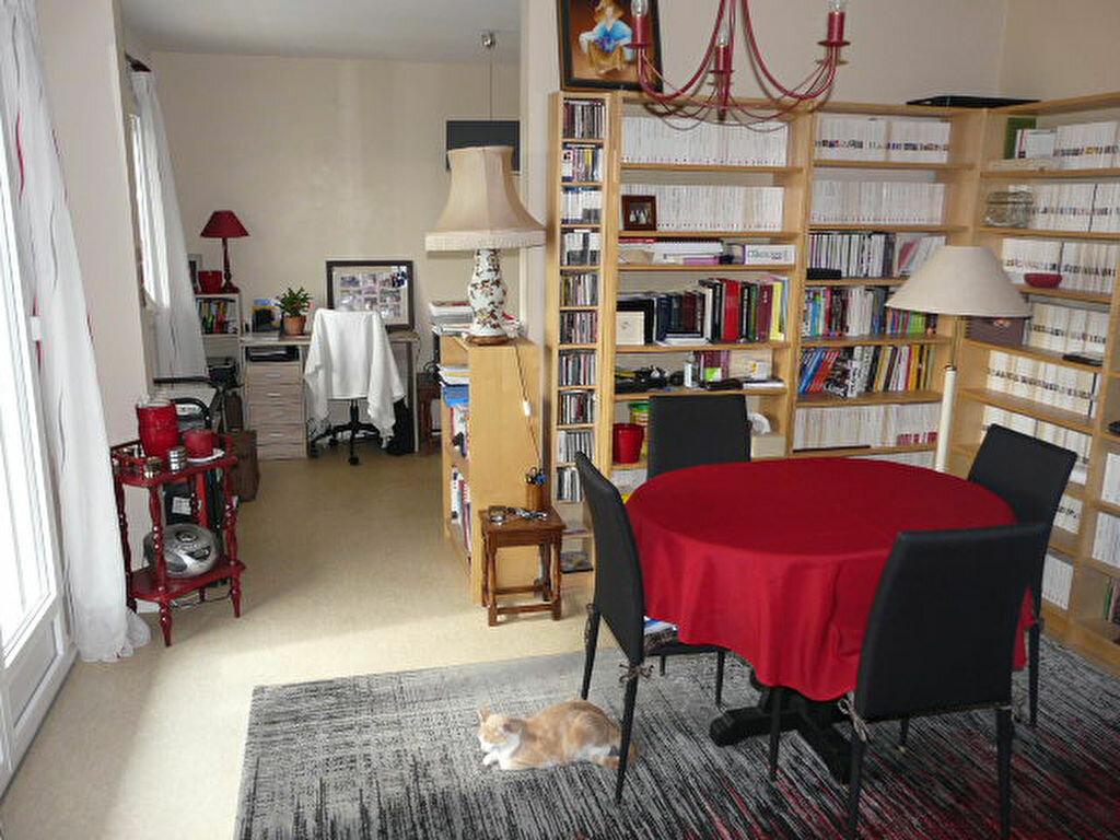 Achat Appartement 3 pièces à Romans-sur-Isère - vignette-6