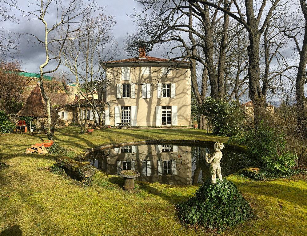 Achat Maison 11 pièces à Saint-Donat-sur-l'Herbasse - vignette-1
