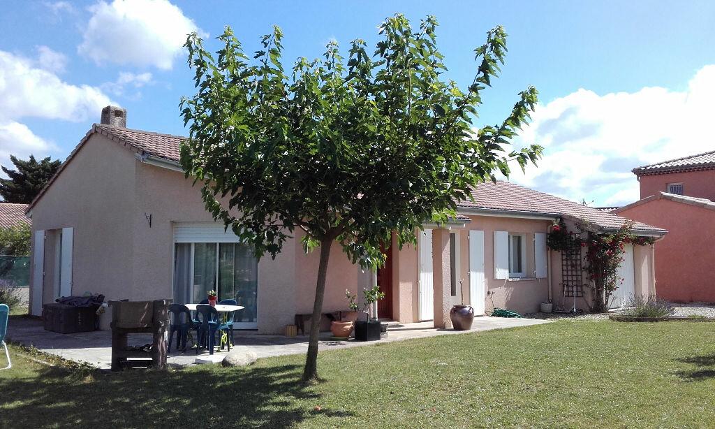 Location Maison 4 pièces à Romans-sur-Isère - vignette-1