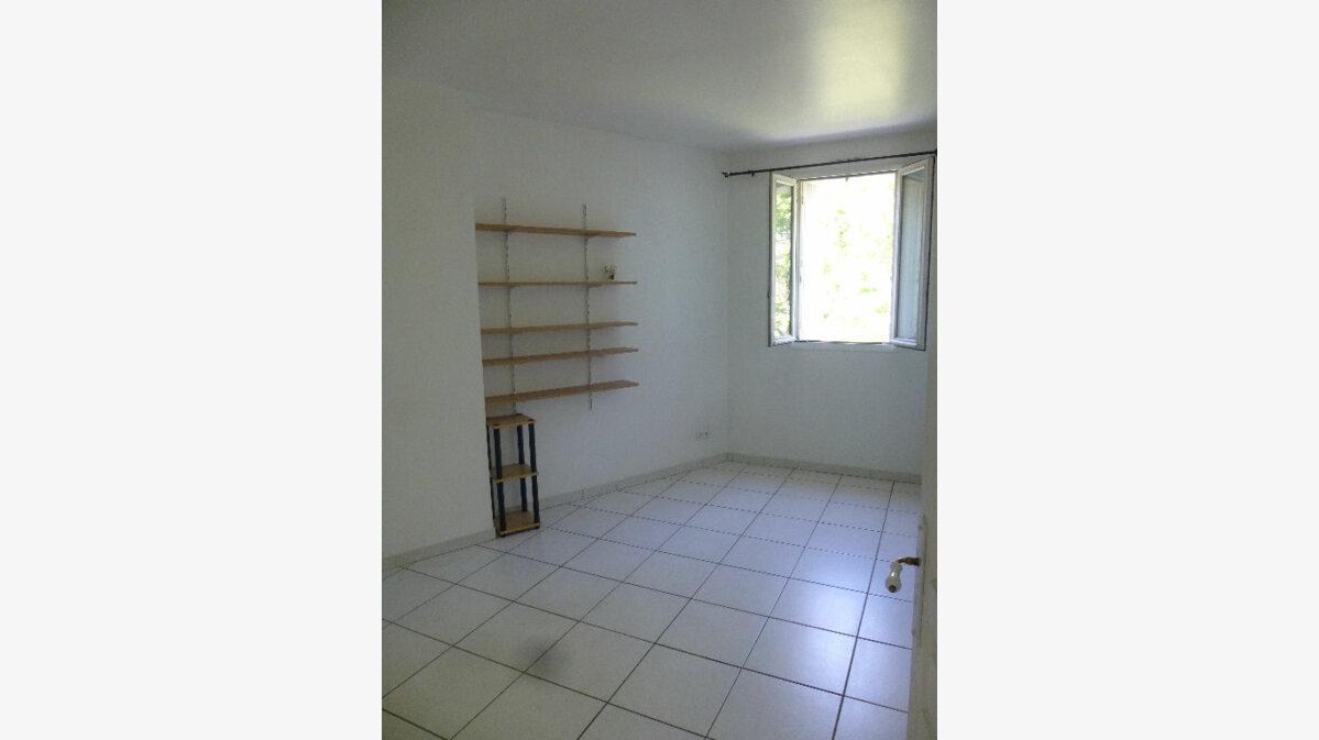 Location Appartement 3 pièces à Romans-sur-Isère - vignette-5