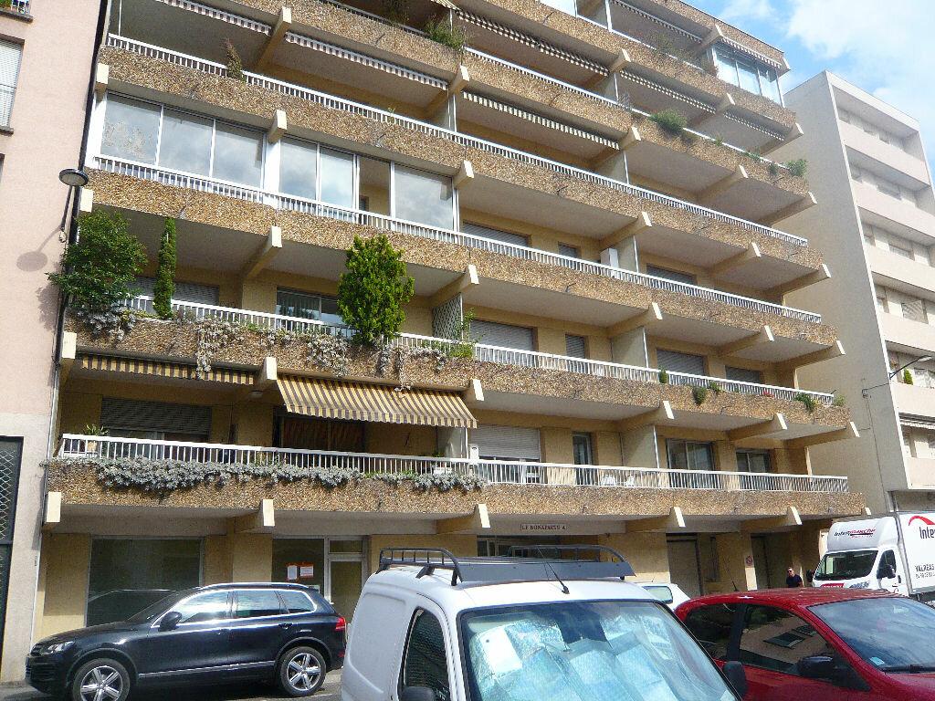 Achat Appartement 3 pièces à Romans-sur-Isère - vignette-1