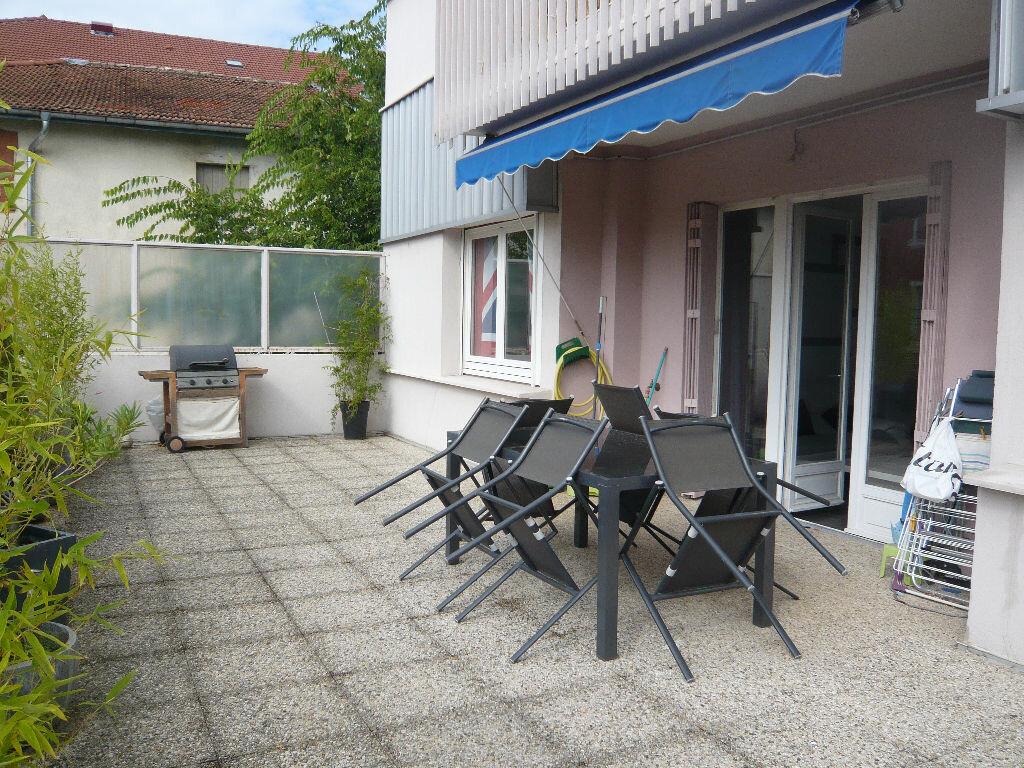 Achat Appartement 4 pièces à Romans-sur-Isère - vignette-1