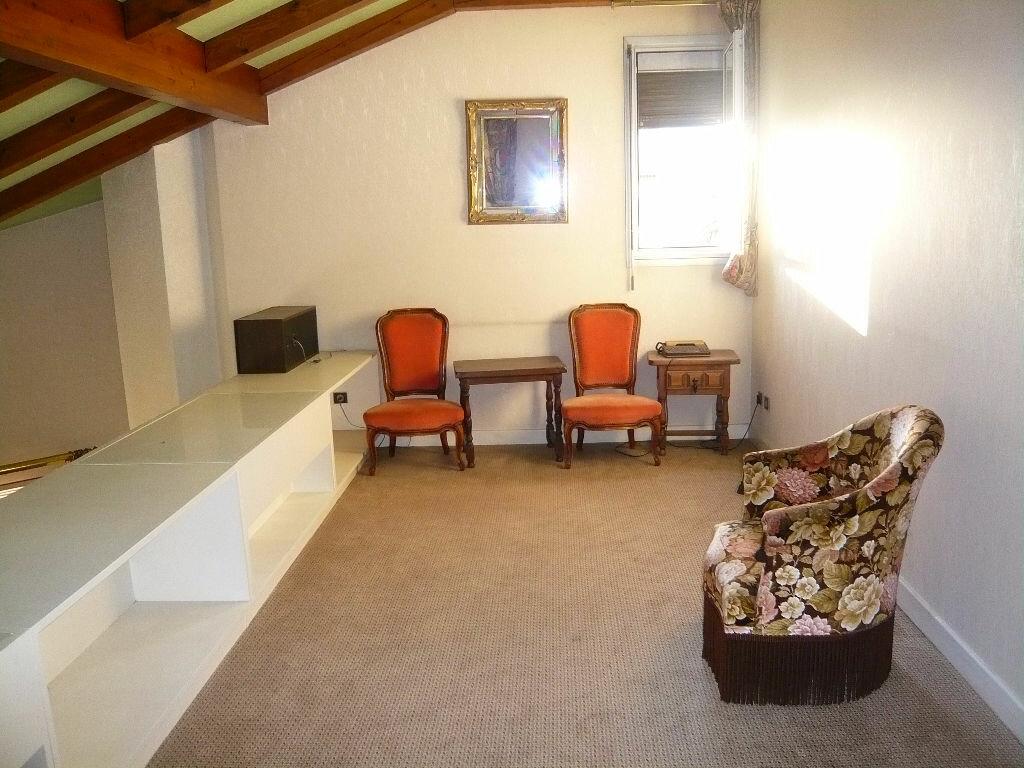 Achat Appartement 5 pièces à Romans-sur-Isère - vignette-3