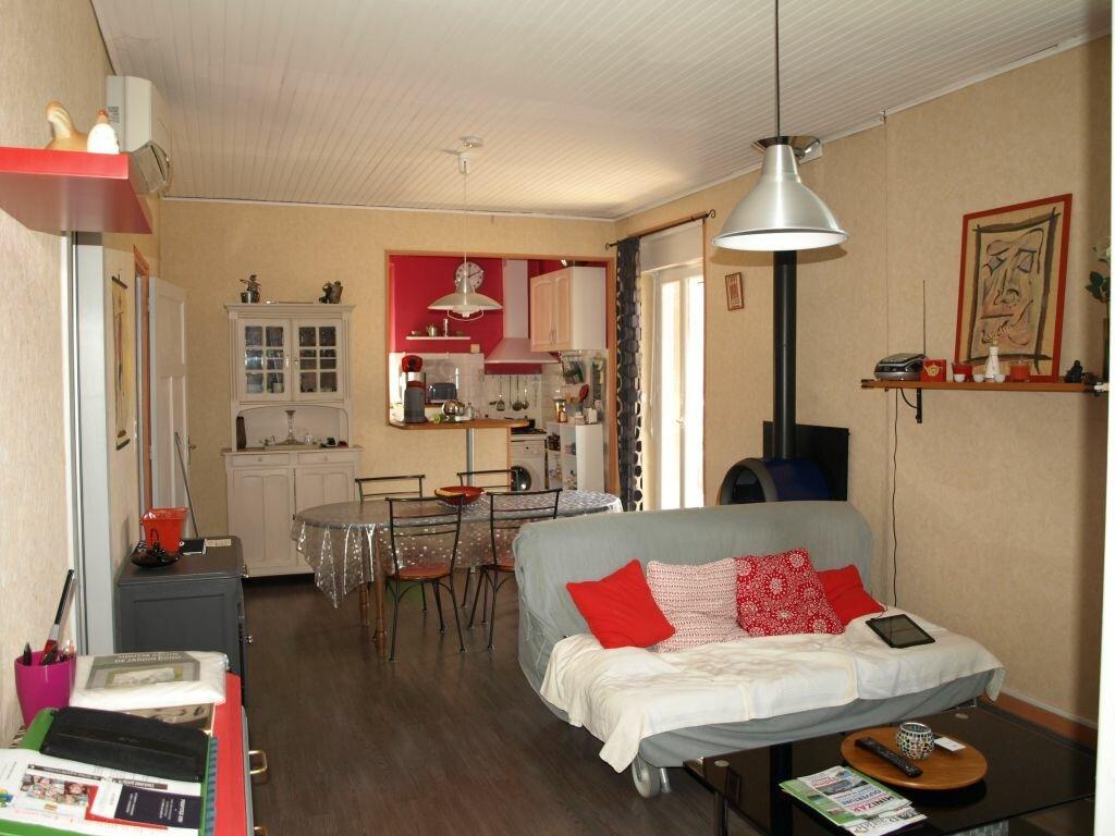 Achat Appartement 3 pièces à Chambonas - vignette-1