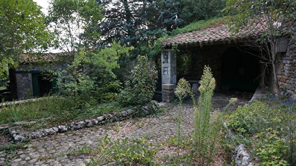 Achat Maison 18 pièces à Berrias-et-Casteljau - vignette-11