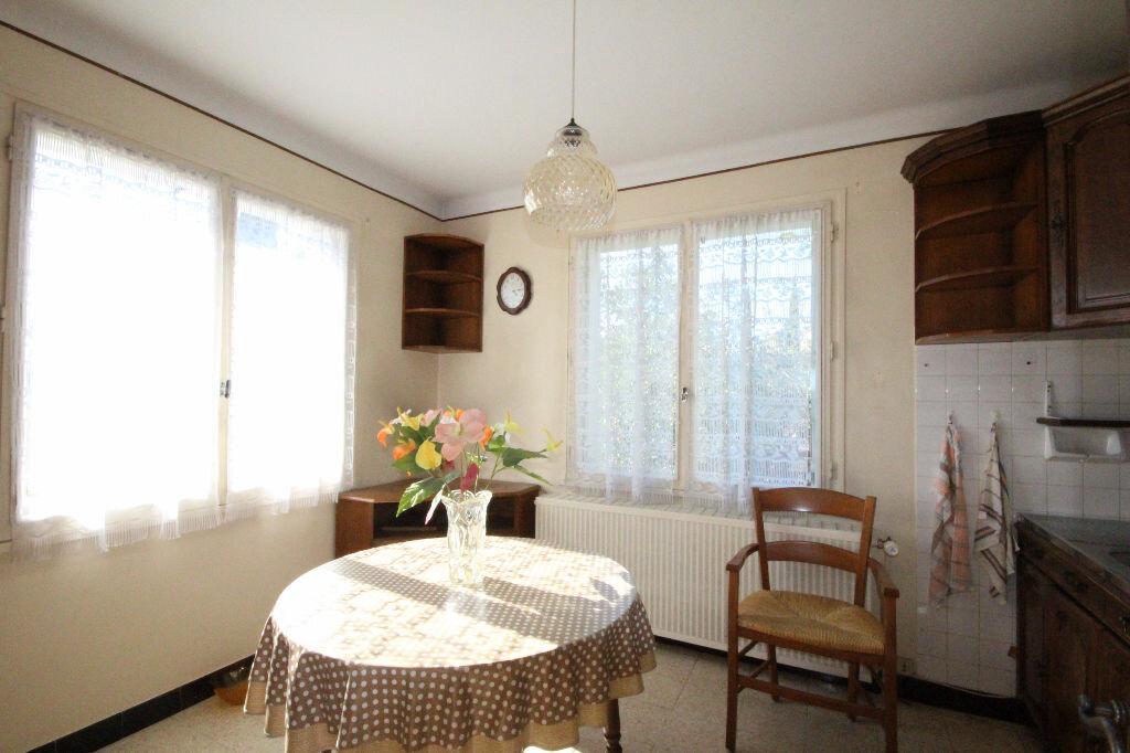 Achat Maison 9 pièces à Lablachère - vignette-5