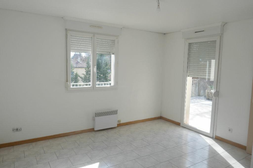 Achat Appartement 3 pièces à Lablachère - vignette-3