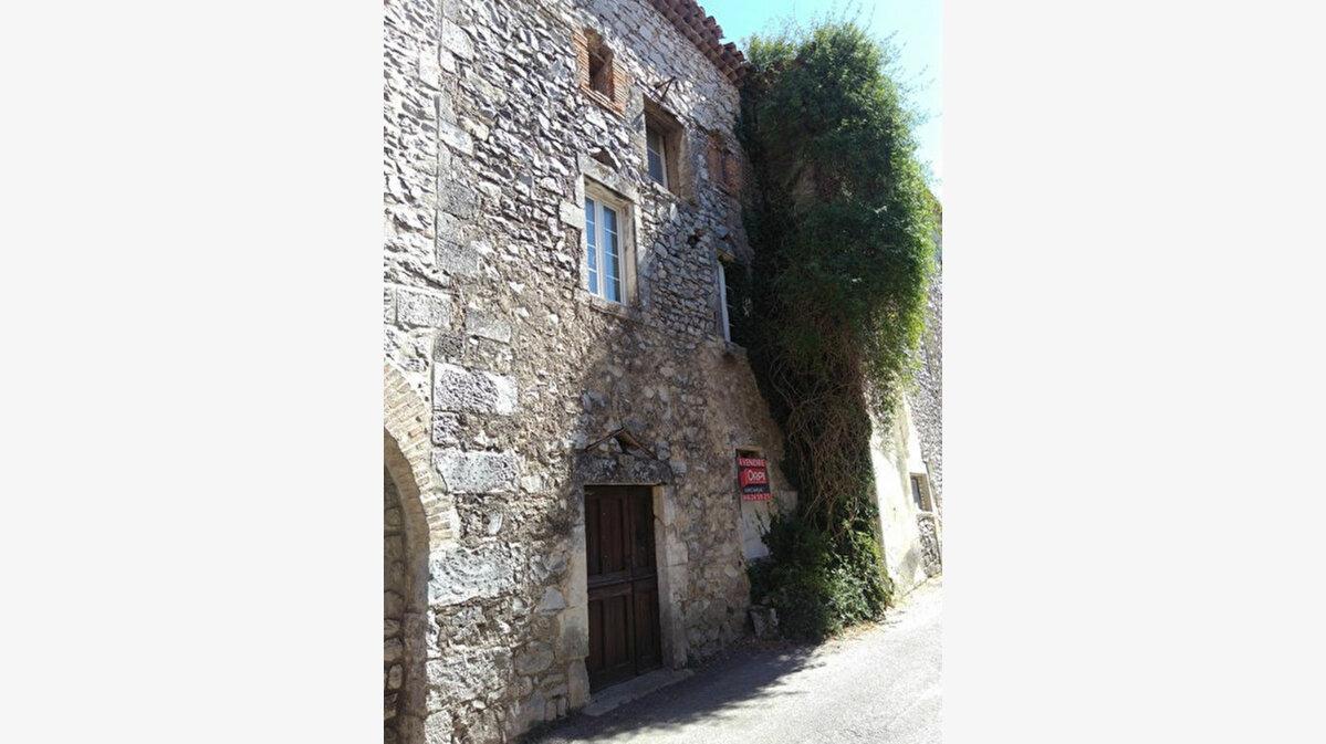 Achat Maison 9 pièces à Fons-sur-Lussan - vignette-1