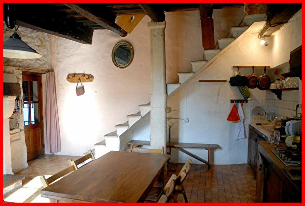 Achat Maison 9 pièces à Fons-sur-Lussan - vignette-3