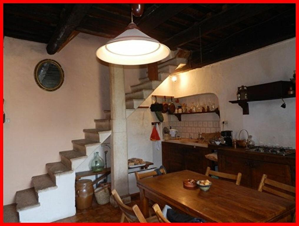 Achat Maison 9 pièces à Fons-sur-Lussan - vignette-6