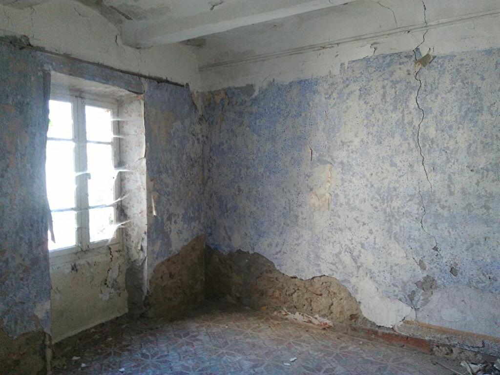 Achat Maison 4 pièces à Molières-sur-Cèze - vignette-7