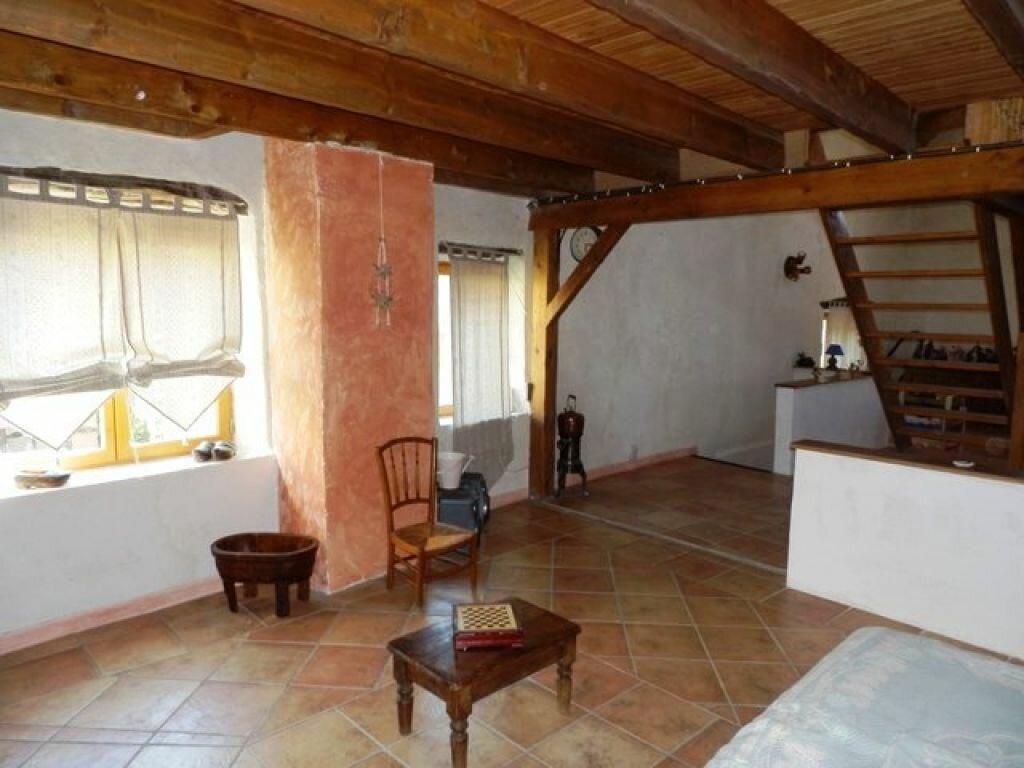Achat Maison 6 pièces à Saint-Sauveur-de-Cruzières - vignette-4